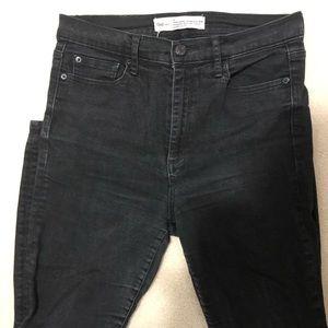 Gap Super High Rise Black Jeans